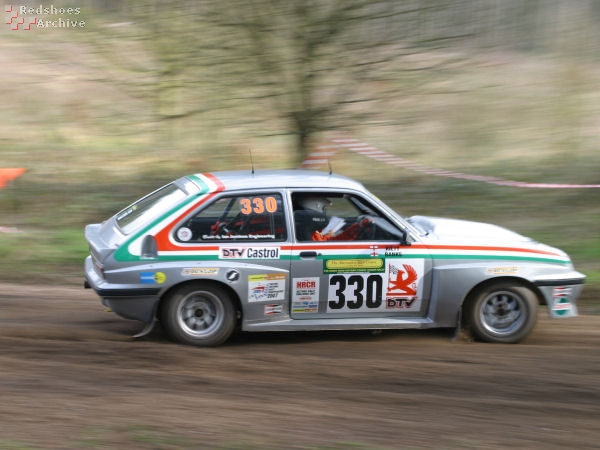 Roger Kitty / Lynette Banks - Vauxhall Chevette HS