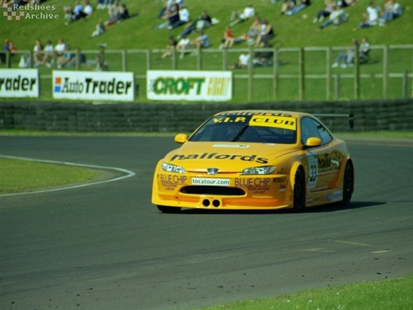 Carl Breeze - Team Halfords Peugeot 406