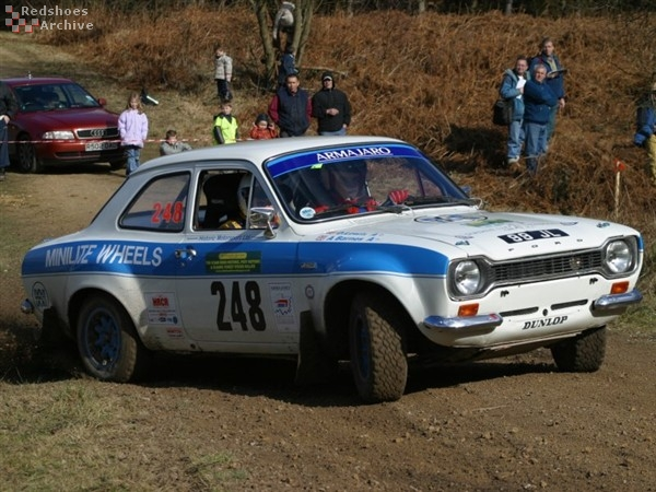 Andrew Barnes / David Lewis - Ford Escort RS1600