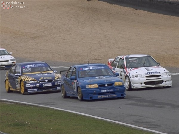 Vectra, Cavalier and Escort